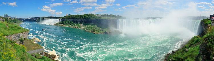 Visiting the Niagara Falls first time