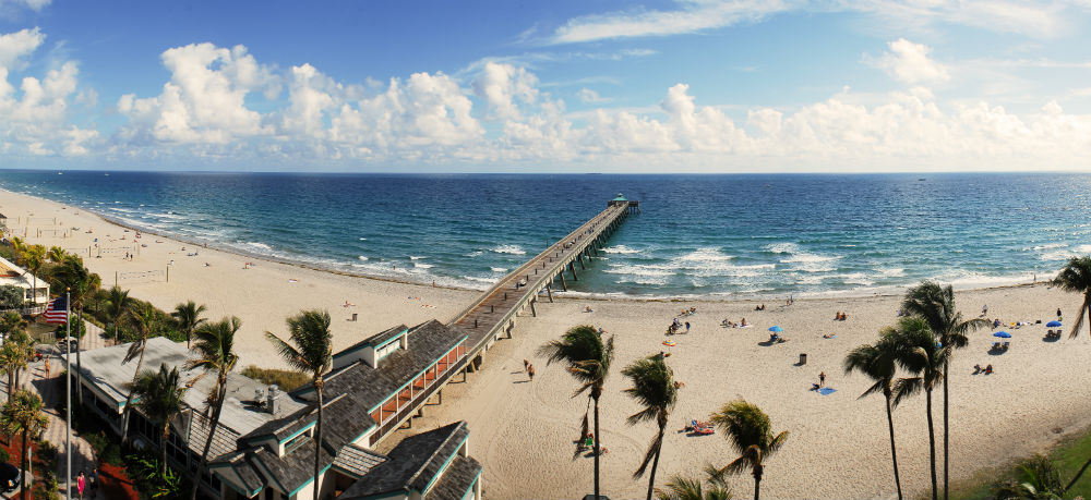 A Fort Lauderdale beach during the day