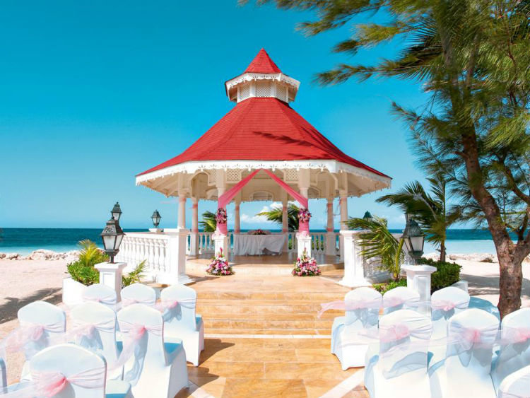 Wedding setup in Grand Bahia Principe in Jamaica