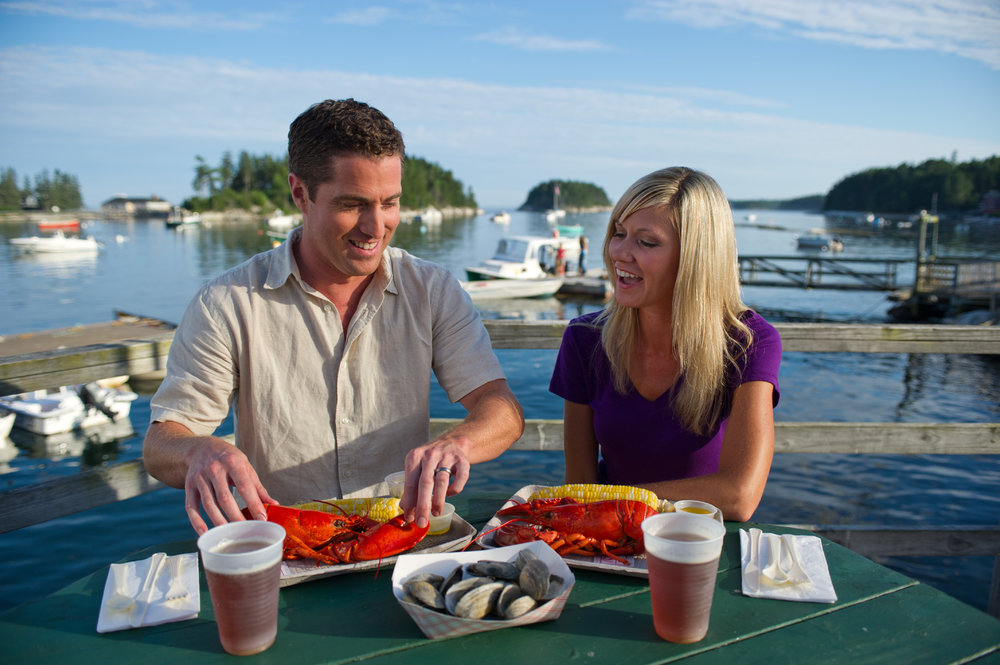 ME Lobster shack couple (002).jpg