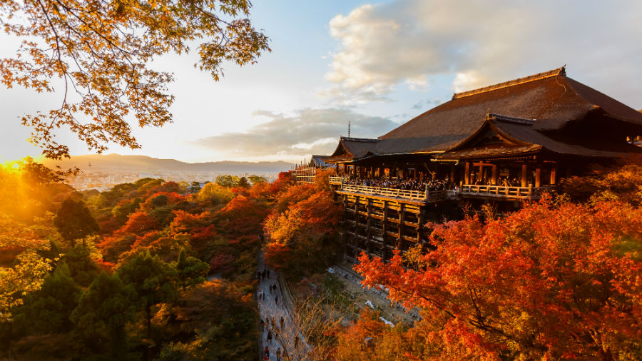Kiyomizu-dera temple in Kyoto during sunset