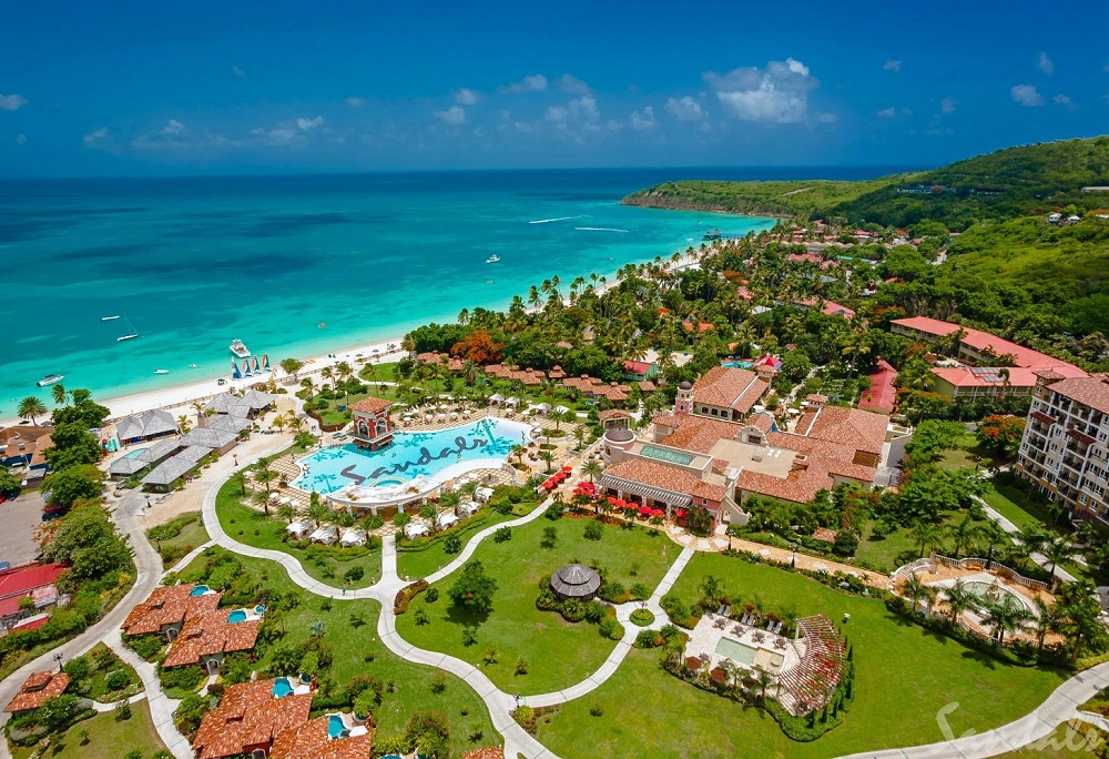 A picture which shows the Grande Antigua Resort, Antigua.